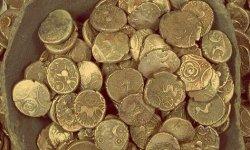 Золотые и серебряные монеты: как хранить и ухаживать, где можно продать