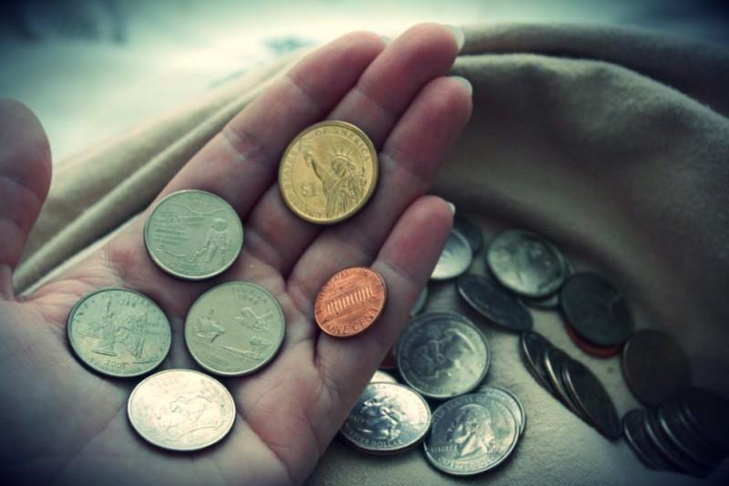 Серебряные монеты Сбербанка, золотые монеты России и другие